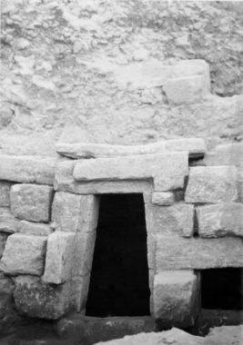 Archéologie, patrimoine et archives, II