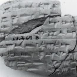 Edition et exploitation des documents inédits rédigés en cunéiformes alphabétiques